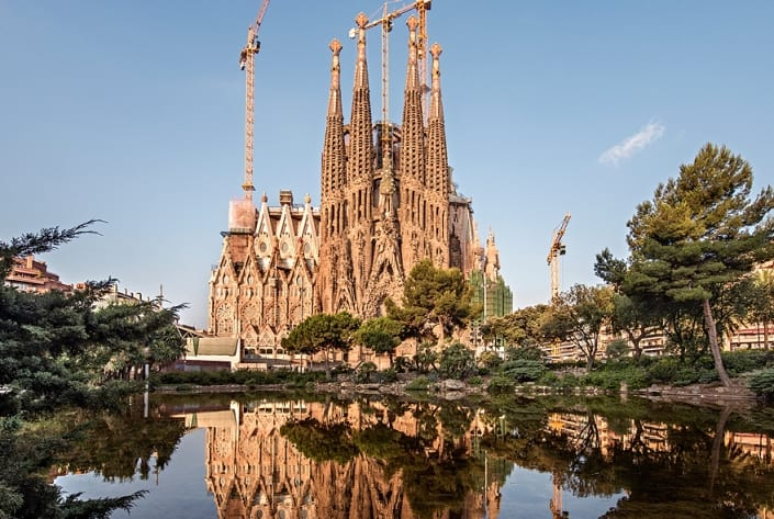 Sagrada Familia website migration by appointment of the Joint of Constructors